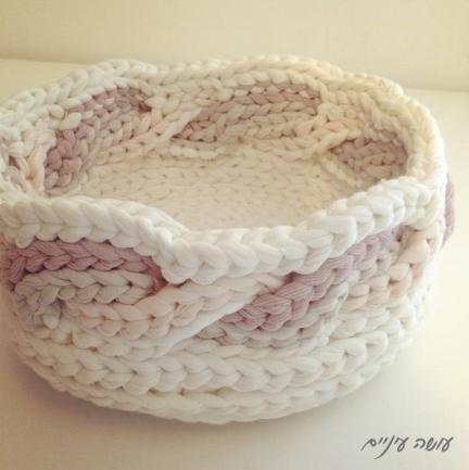 עושה עיניים - סלסלה מחוטי טריקו || OsaEinaim - T-shirt yarn basket