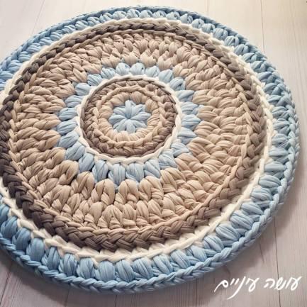 עושה עיניים - שטיח סרוג מחוטי טריקו || Osa Einaim - crochet t-shirt yarn trapillo rug